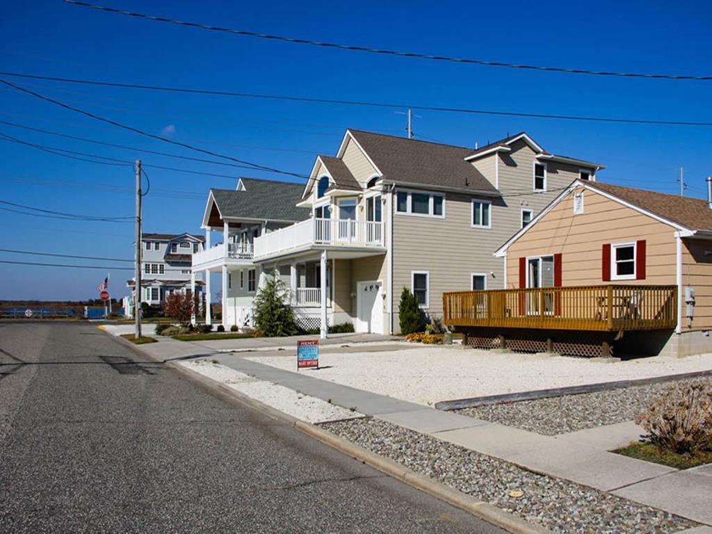 275 38th Street, Avalon (Mid-Island)