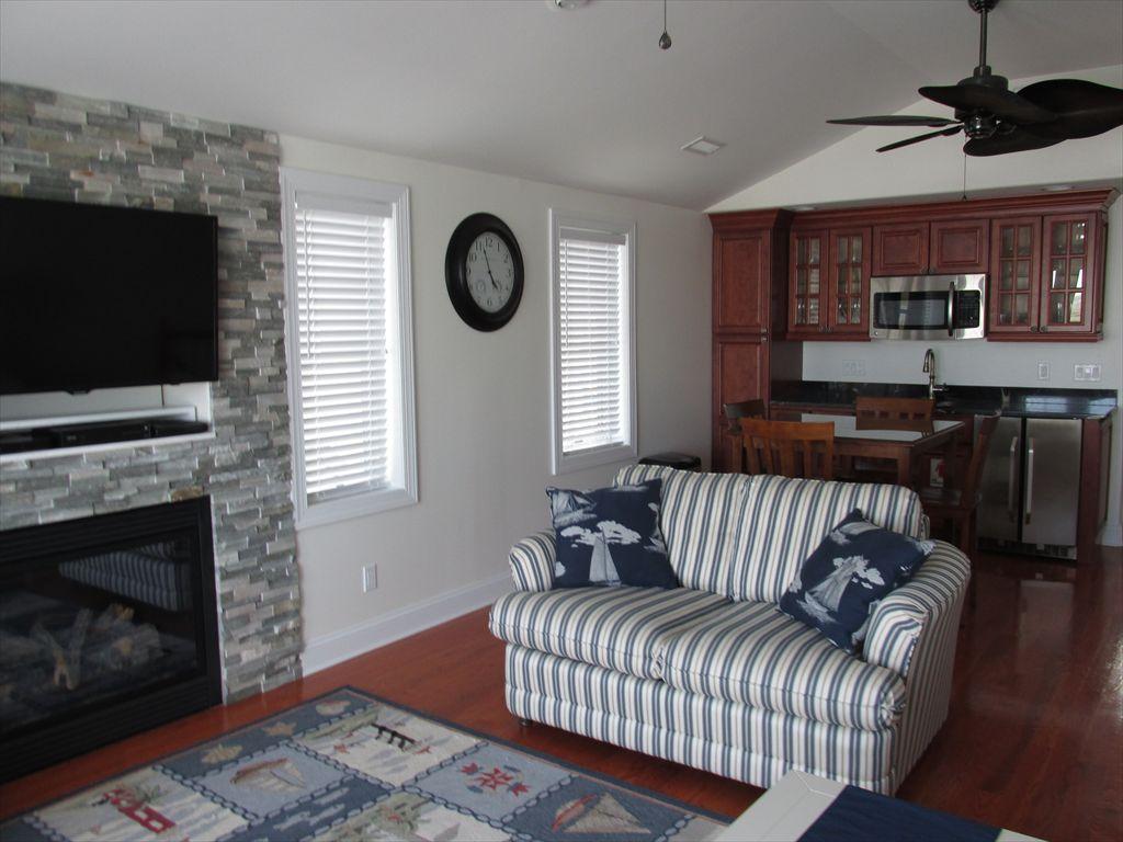 3556 Ocean Drive, Avalon (Bayfront)