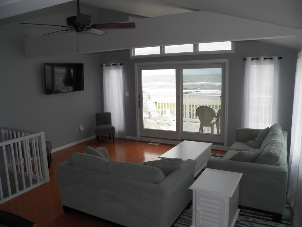 9 84th Street, Sea Isle City (Beach Front) - Picture 11