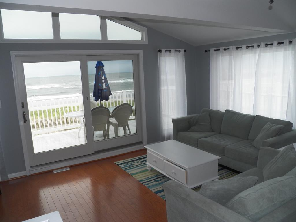 9 84th Street, Sea Isle City (Beach Front) - Picture 7