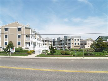 227 Beach Avenue, Cape May - Picture 1