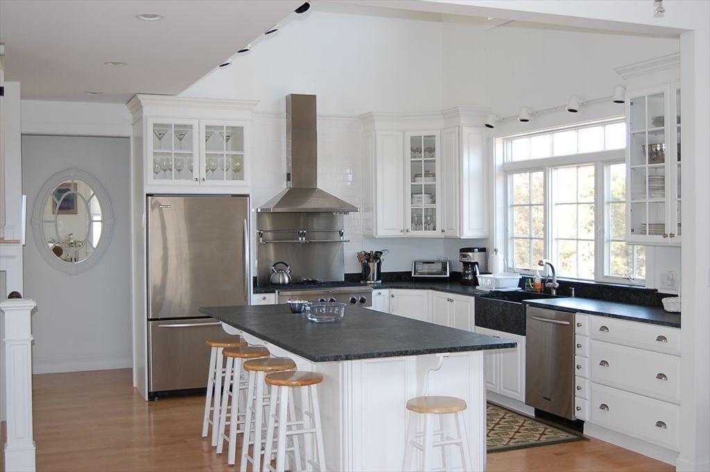 8 Beach Plum Meadows, Edgartown, MA, 02539 | Island Real Estate