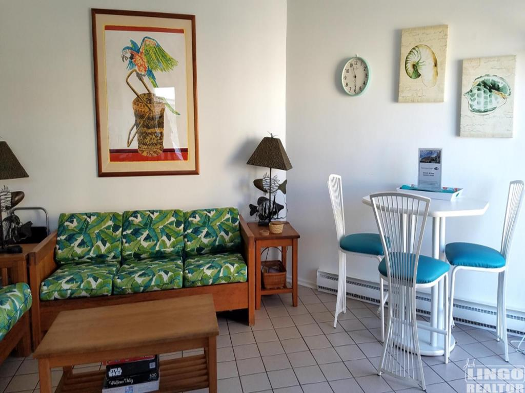 Mariners Court   Laurel Street, Rehoboth Beach Vacation Rental   Rehoboth  Beach, Delaware Beach Real Estate Rental Offered By Crowley Real Estate  Associates ...