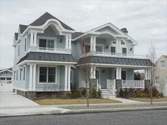 150 109th Street, Stone Harbor (Center)