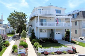 3547 First Avenue, Avalon (Beach Block)