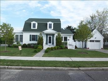 1050 New York Avenue, Cape May - Picture 1