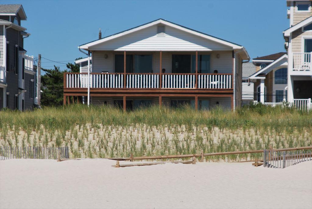 7505 Pleasure, Sea Isle City (Beach Front)