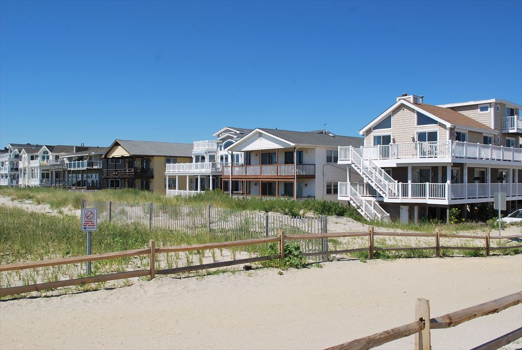 7505 Pleasure, Sea Isle City (Beach Front) - Picture 4