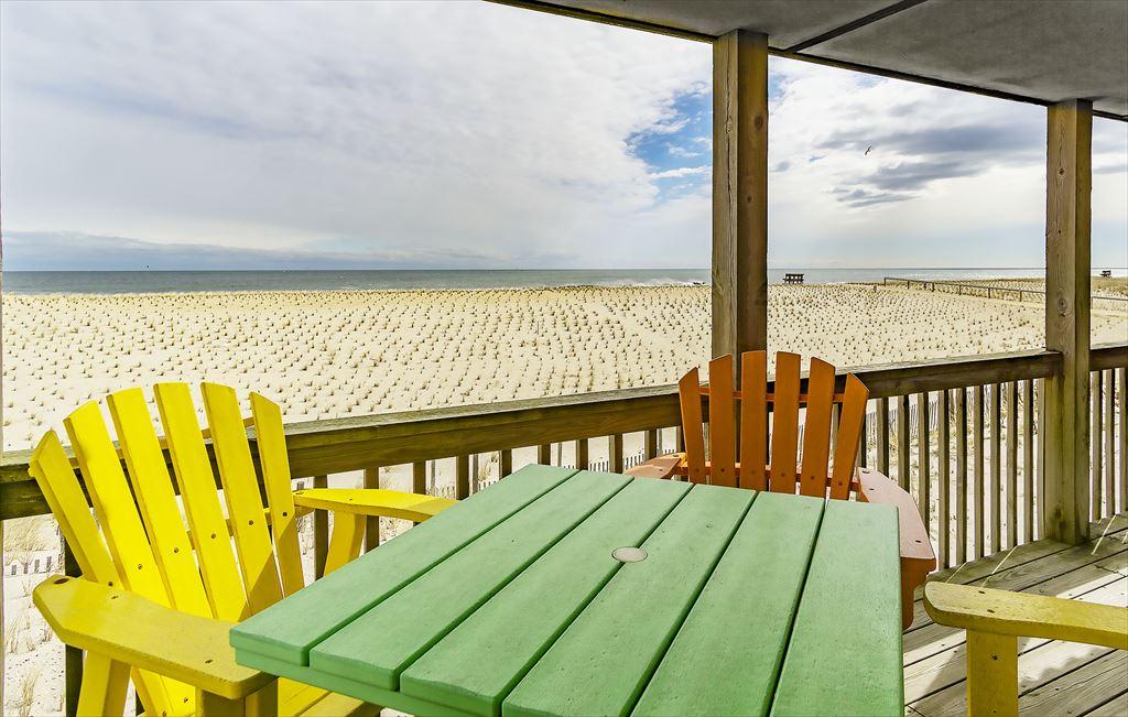 110 E Hobart Avenue, 1st, Beach Haven Crest (Ocean Front) - Picture 5
