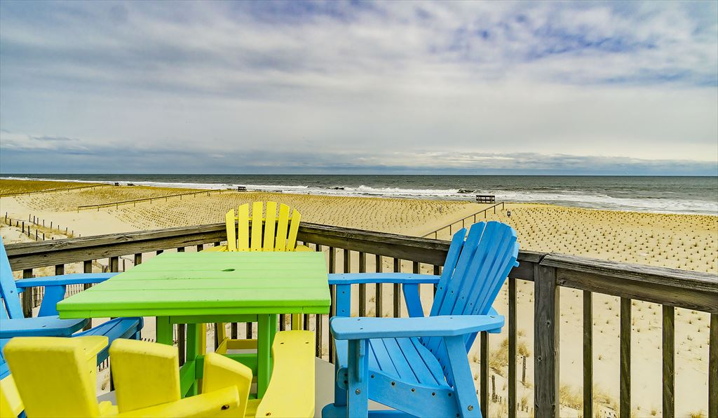 110 E Hobart Avenue, Beach Haven Crest (Ocean Front) - Picture 5