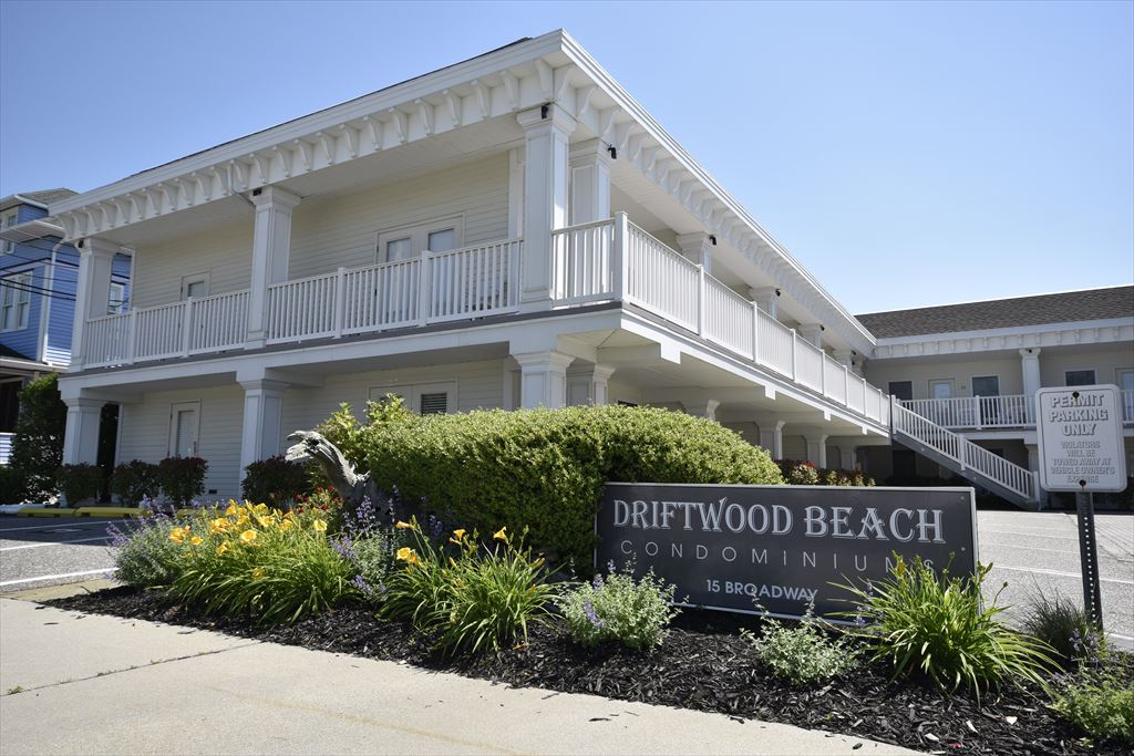 15 Broadway, Cape May (Cape May) - Picture 1