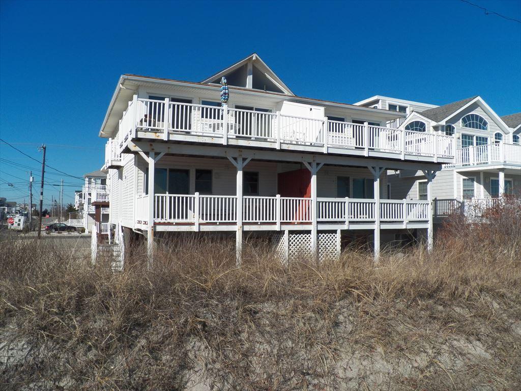 5118 Marine Place, Sea Isle City (Beach Front)