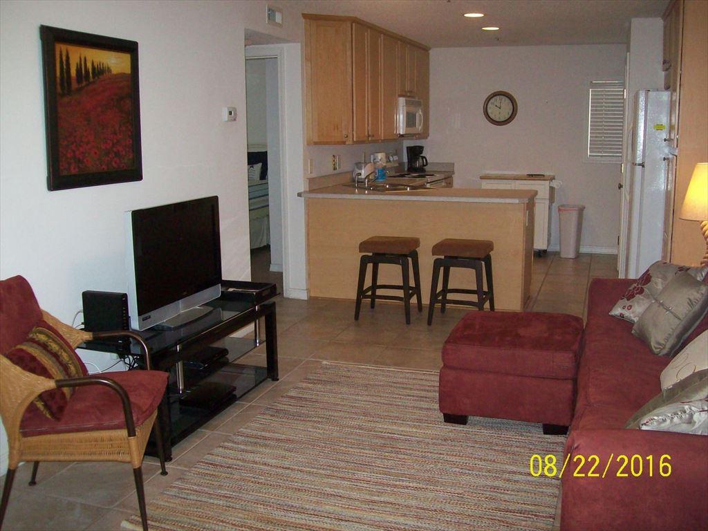 210 11th Avenue N, Jacksonville Beach, FL  32233