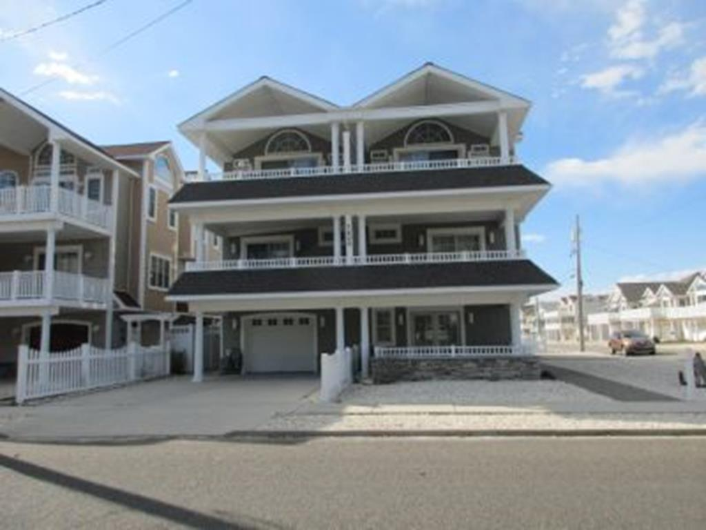 7400 Pleasure Avenue, Sea Isle City (Beach Block)