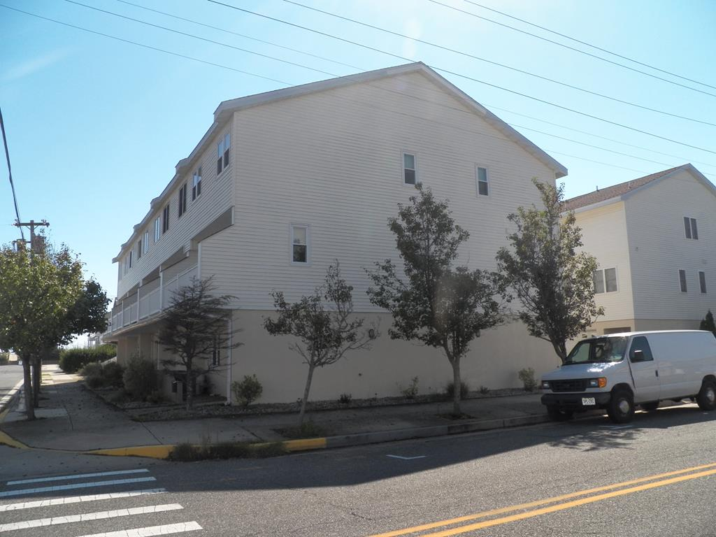 4901 Landis Avenue., Sea Isle City (Beach Block) - Picture 3