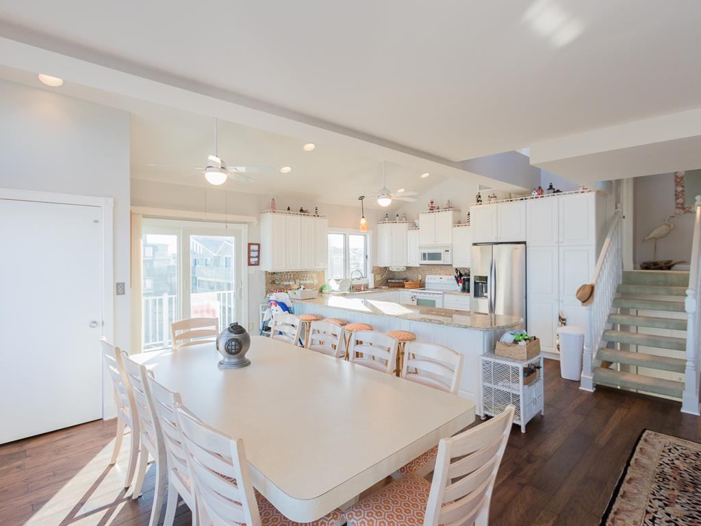 9 57th St, Sea Isle City (Beach Front) - Picture 12