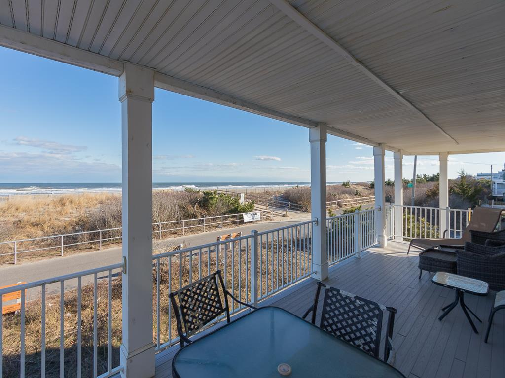9 57th St, Sea Isle City (Beach Front) - Picture 3