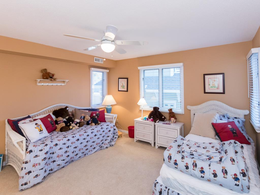 9 57th St, Sea Isle City (Beach Front) - Picture 4