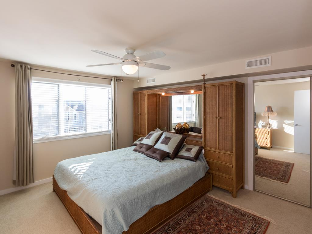 9 57th St, Sea Isle City (Beach Front) - Picture 8