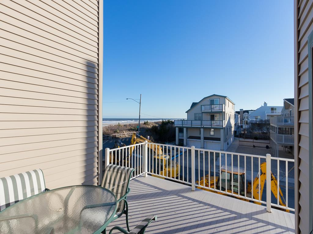 9 - 11 57th St, Sea Isle City (Beach Front) - Picture 15