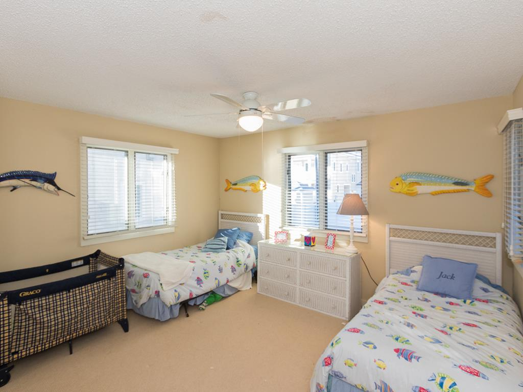9 - 11 57th St, Sea Isle City (Beach Front) - Picture 17