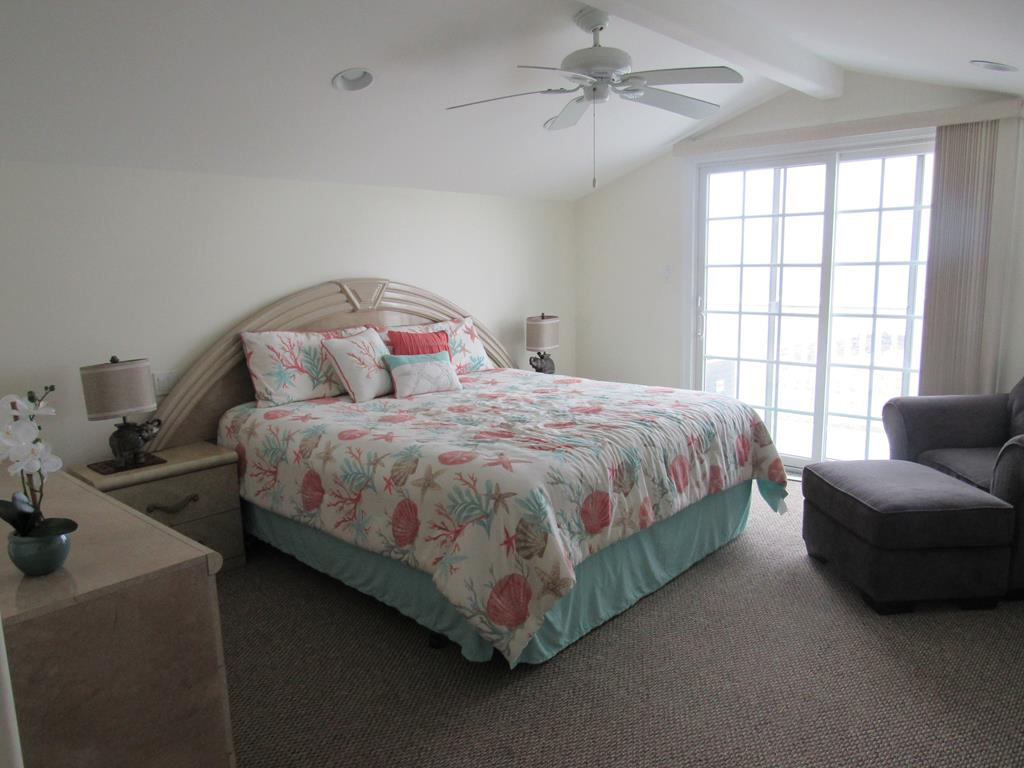 18 33rd Street, Sea Isle City (Beach Front) - Picture 14