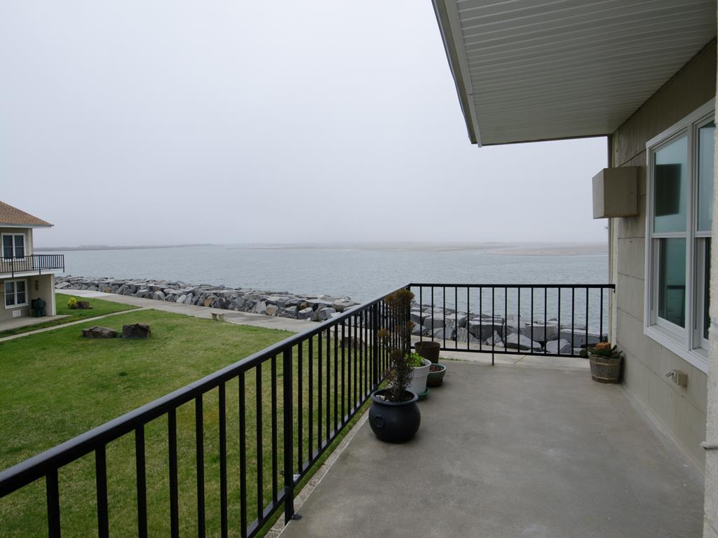 202 E. Marina Court, North Wildwood (North Wildwood Bay Side)