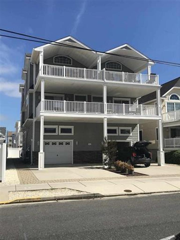 25 46th Street, Sea Isle City (Beach Block)
