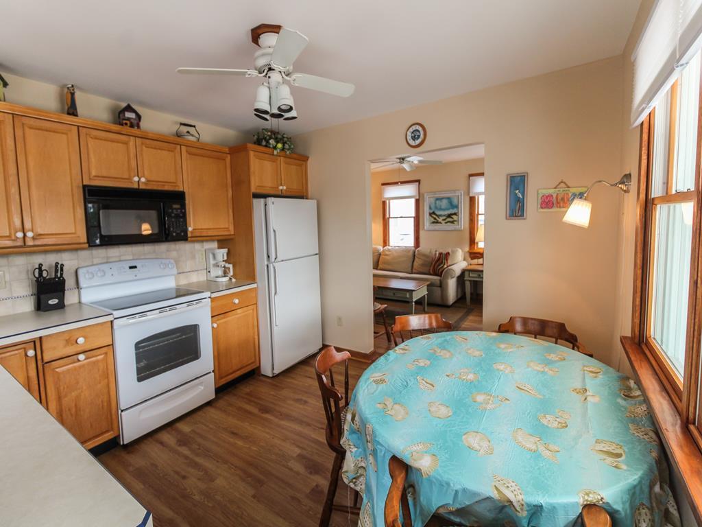 11005 Third Avenue, Stone Harbor (Island) - Picture 7