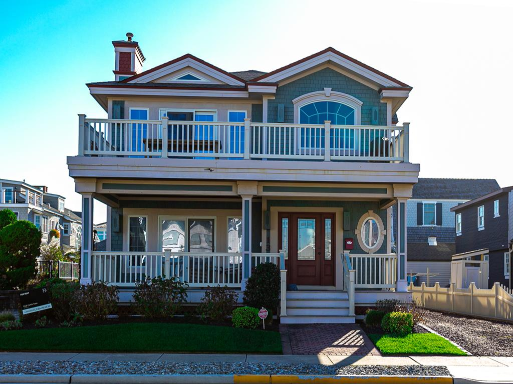 13 85th Street, Stone Harbor (Beach Block) - Picture 1