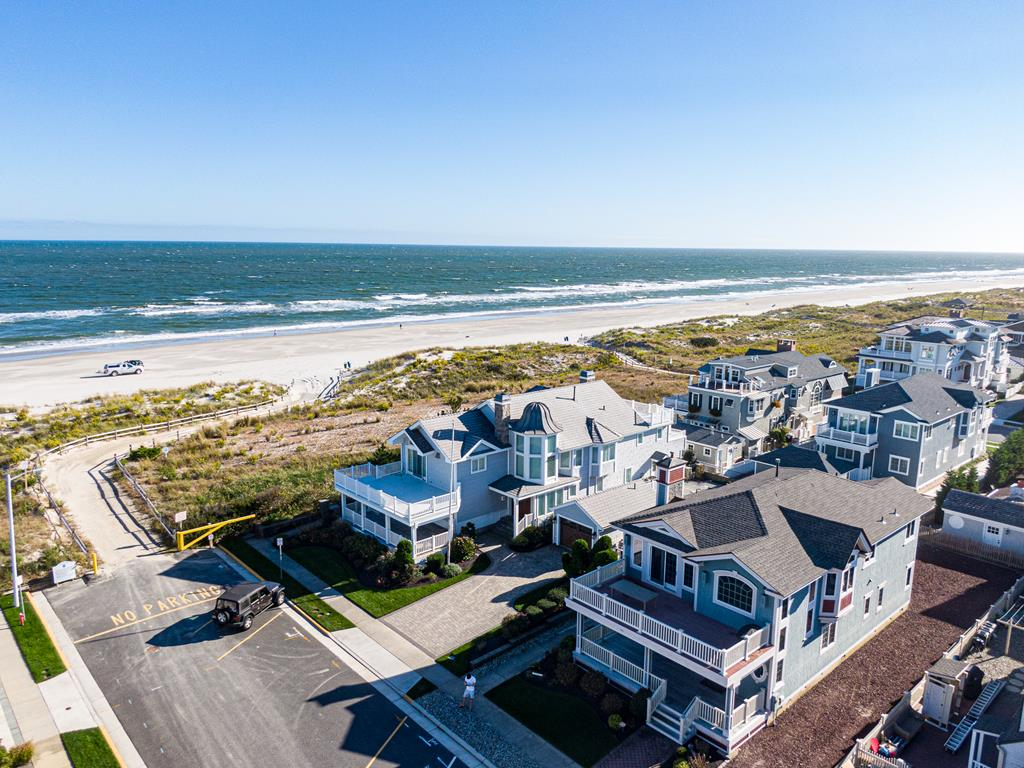 13 85th Street, Stone Harbor (Beach Block) - Picture 2