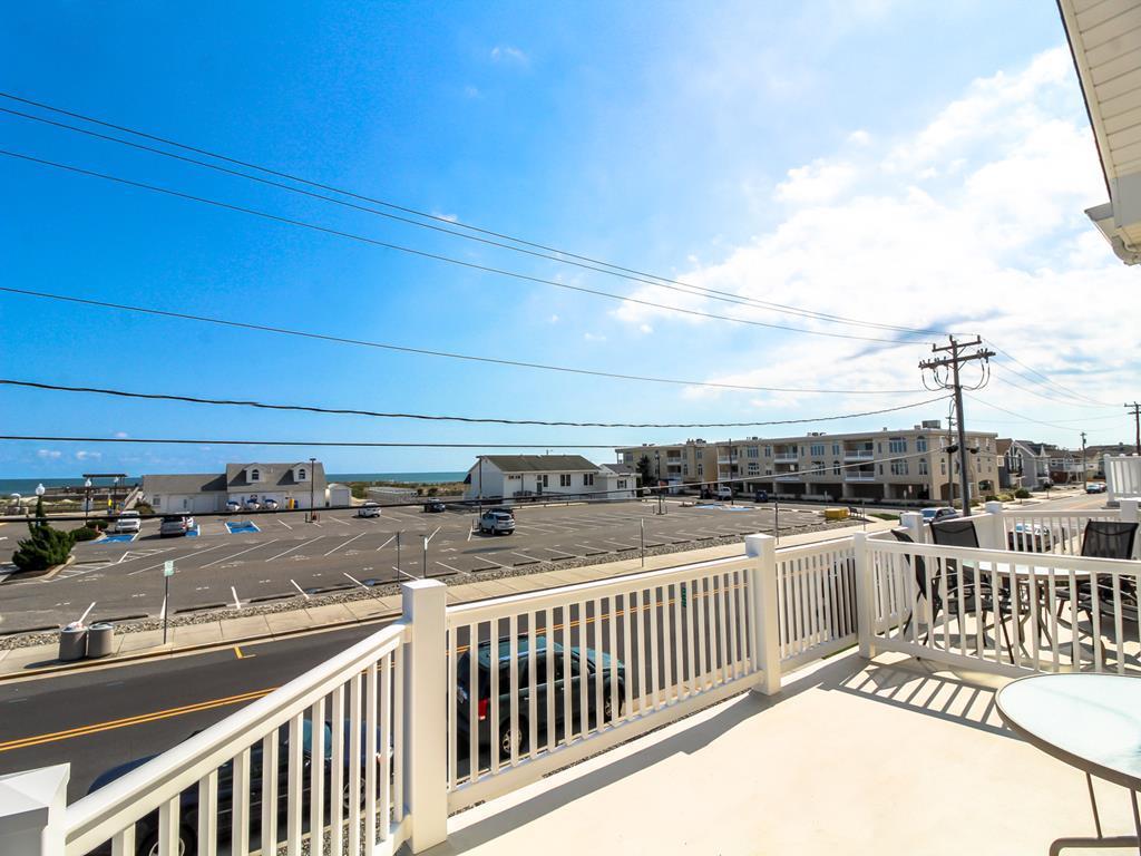 9501 First Avenue, Stone Harbor (Island) - Picture 5