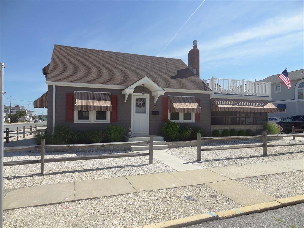 28 85th Street, Stone Harbor (Beach Block) - Picture 1