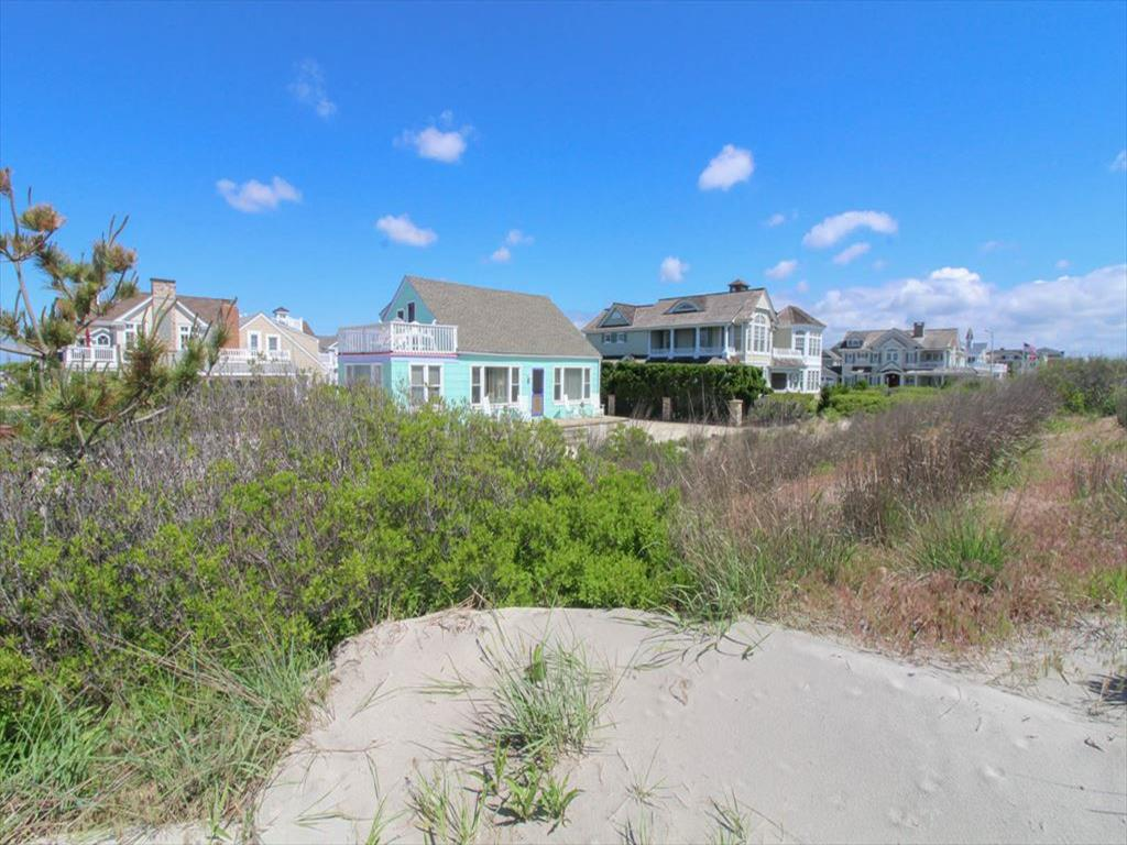 2 111th Street, Stone Harbor (Beach Front) - Picture 25