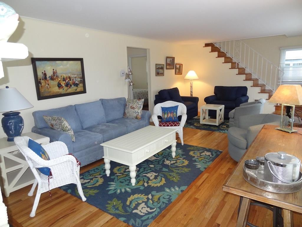 4509 Fourth Avenue, Avalon (Bay Front) - Picture 3