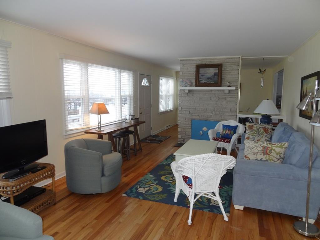 4509 Fourth Avenue, Avalon (Bay Front) - Picture 4