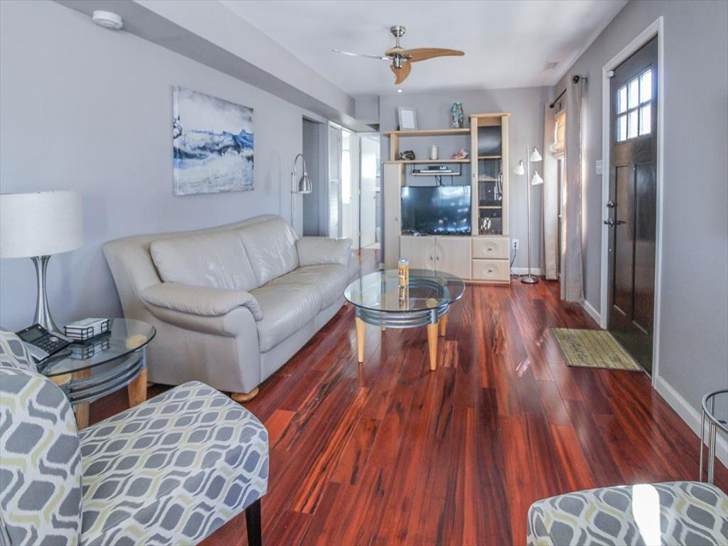 9411 Sunset Drive, Stone Harbor (Bay Front) - Picture 3