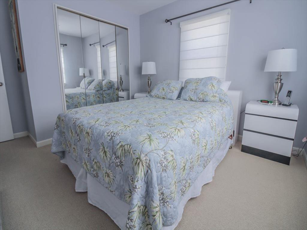 9411 Sunset Drive, Stone Harbor (Bay Front) - Picture 8