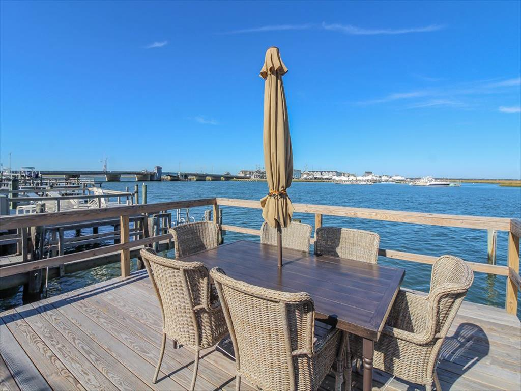 9411 Sunset Drive, Stone Harbor (Bay Front) - Picture 16