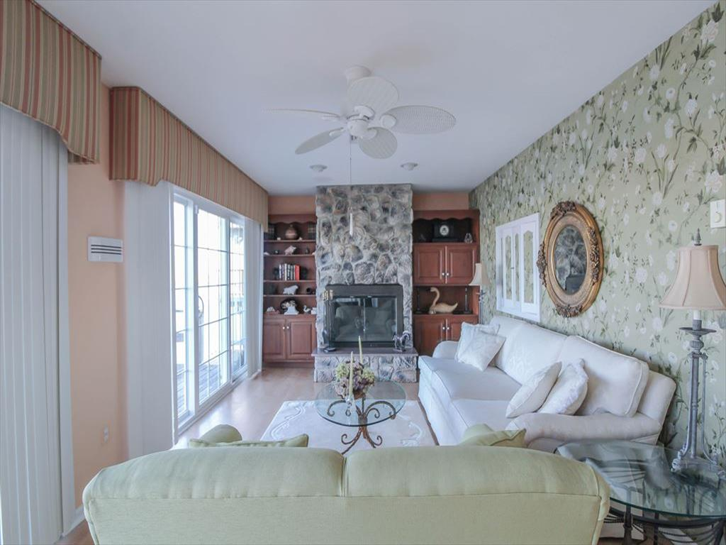 9411 Sunset Drive, Stone Harbor (Bay Front) - Picture 7