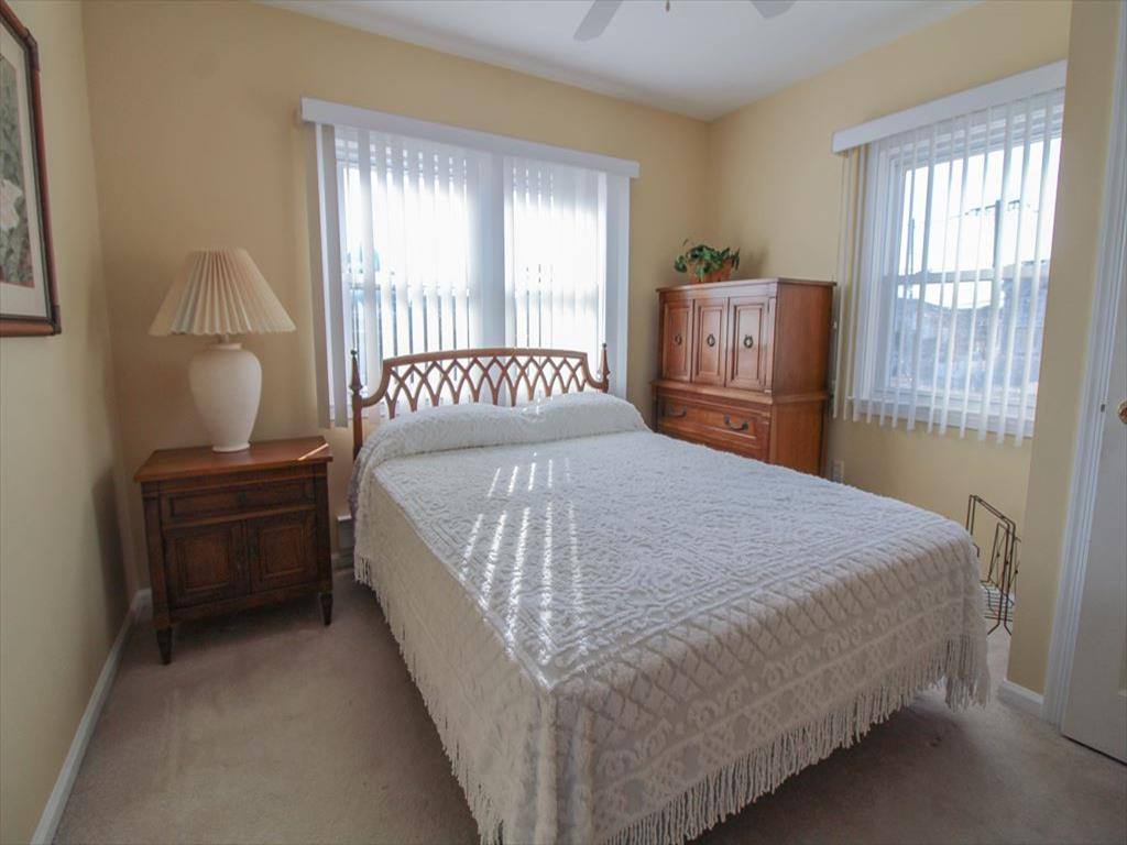 9411 Sunset Drive, Stone Harbor (Bay Front) - Picture 10