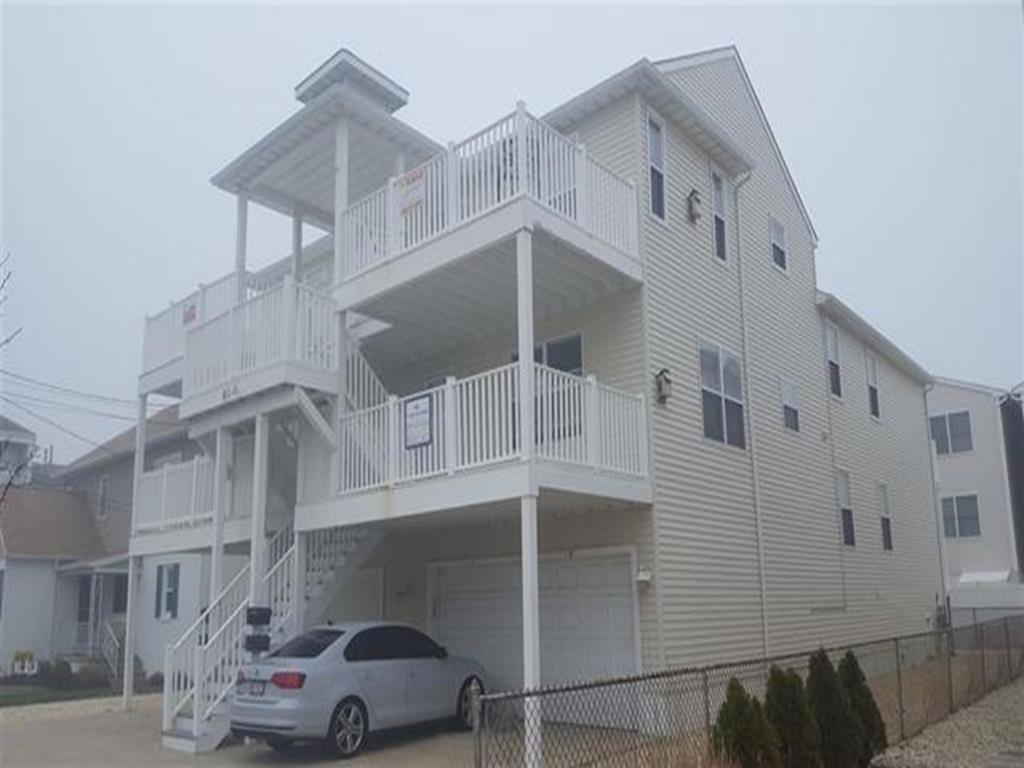 411 E 4th Avenue, North Wildwood (North Wildwood Beach Side)