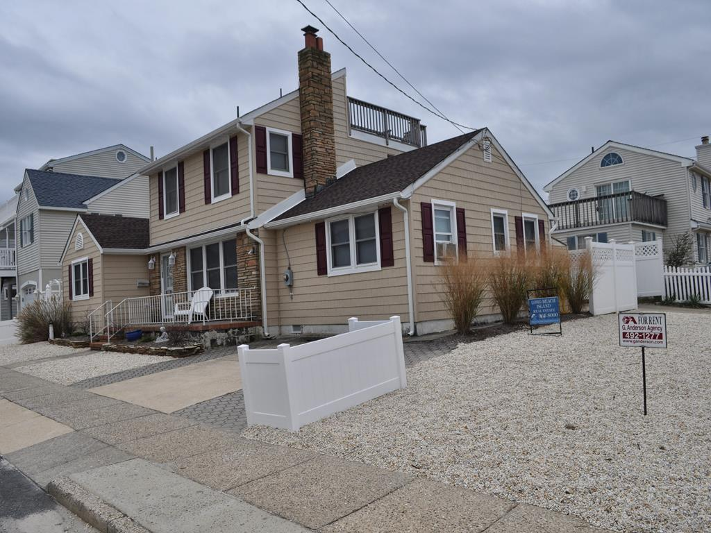 102 E 81st Street, Beach Haven Crest