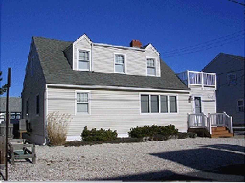 101 E. Rhode Island Avenue (82), 2 Floor, Brighton Beach