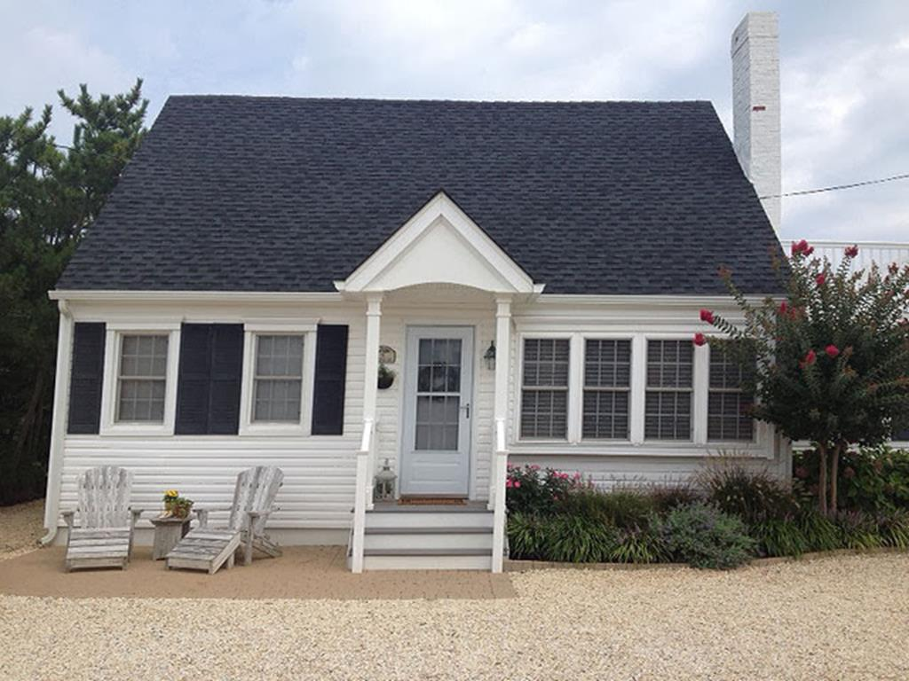 9 E. Texas Avenue (102), Beach Haven Park