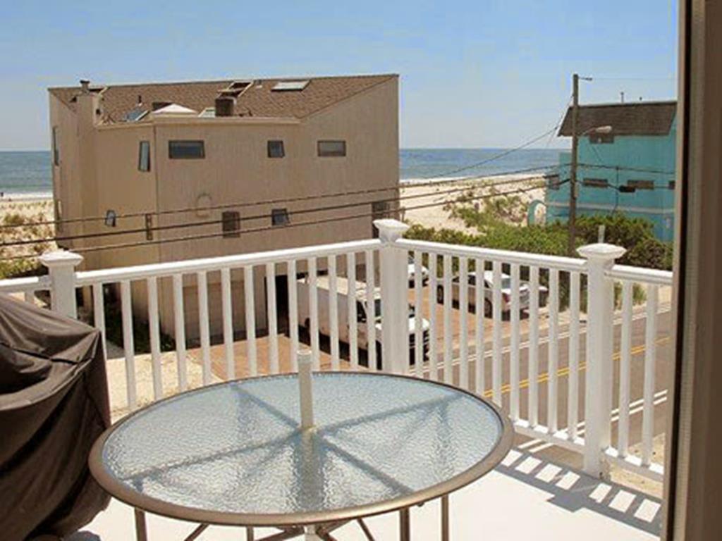 3704 Ocean Blvd, Brant Beach